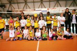 30 piccole pallavoliste in festa a Piandimeleto!