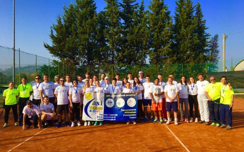 I futuri istruttori di tennis si danno appuntamento a Morciano: torna dal 31 ottobre al 4 novembre il corso del settore nazionale ASI Tennis